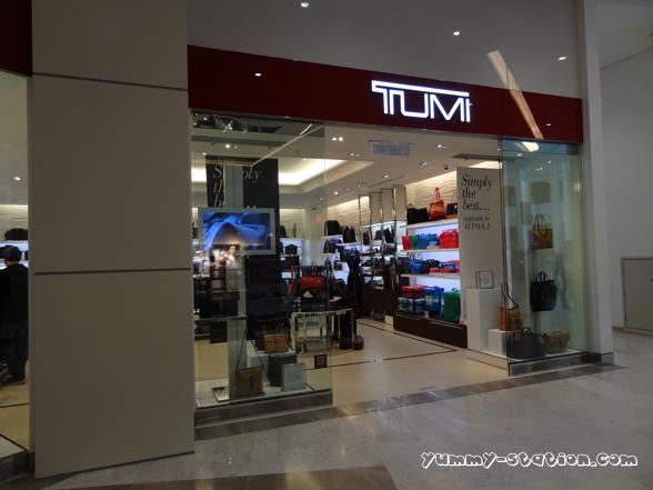 Tumi 02
