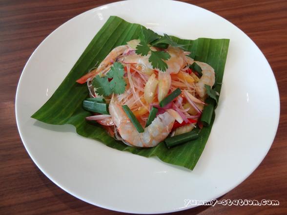 Glow Thai 06